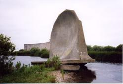 [Photograph of 20ft sound mirror at Denge taken by Paul Shearsmith]