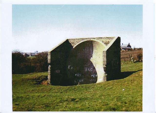 Seaham sound mirror in 1976 (Photo: Ivor Parrington)