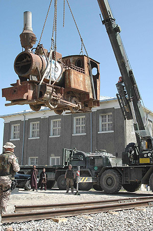 Crane lifts Afghan locomotive