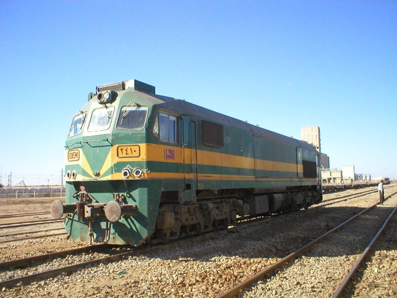 diesel locomotives in iraq railways of iraq rh andrewgrantham co uk Diesel Locomotive Diesel Locomotive Trains