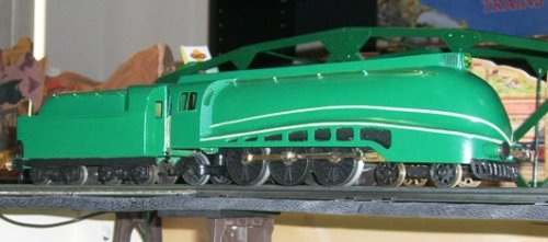 O-gauge model of Iraqi streamlined steam locomotive by David Argent.